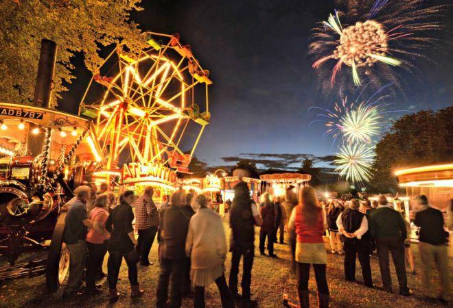 astle-park-fireworks_19928323254_o web