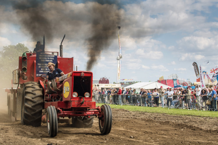 Tractor Pulling3 2014 PTER web